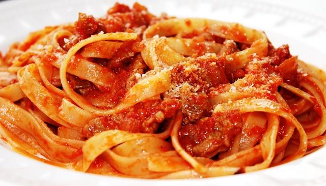... ragu s and cherry tomato tagliatelle pates aux cepes tagliatelle